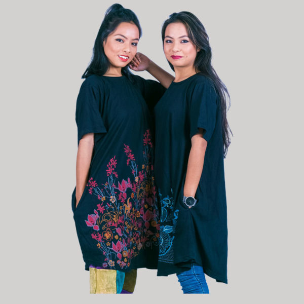 Women's a-line dress with outline embroidery stitches (Black)