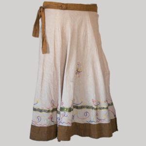 Paneled skirt with embroidery