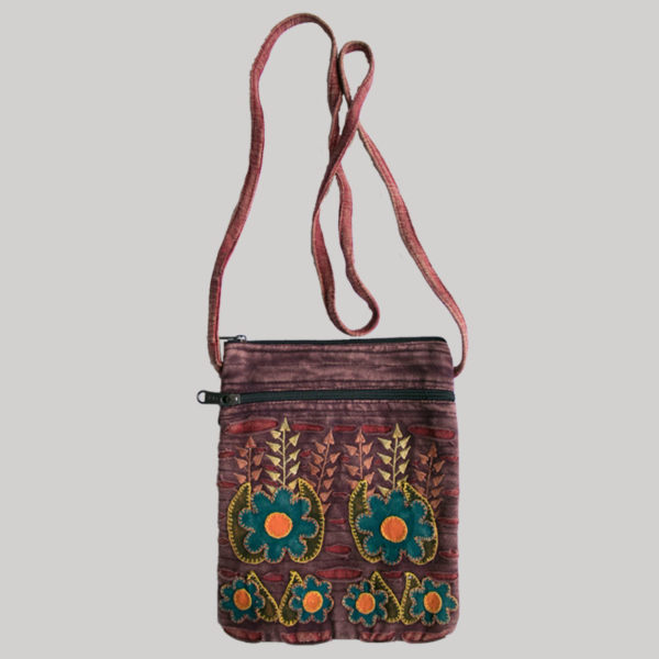 Women's passport bag with flower embroidery (Maroon)
