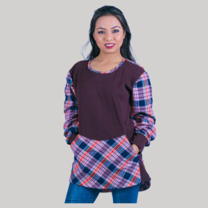 Kangaroo pocket check women's t-shirt