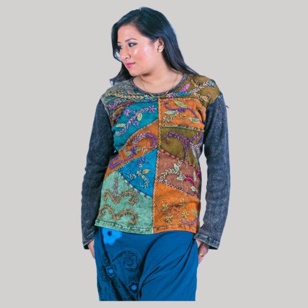 Asymmetrical embroidery stitch women's t-shirt (Black)