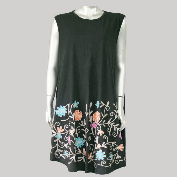 Dress jersey with flower embroidery