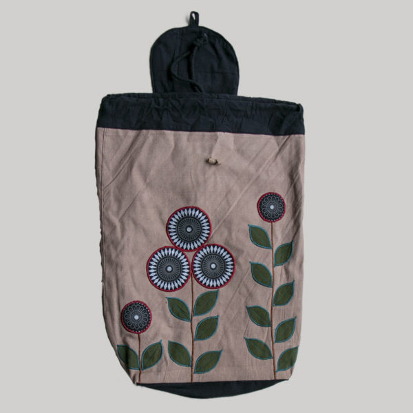 Garments Flowered plant embroidery Bag pack