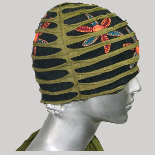 Overlapped razor cut stone washed cap