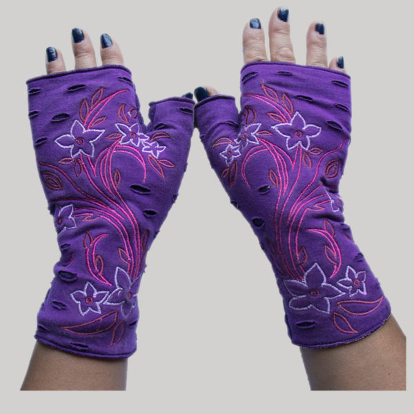 Flower branches embroidery design women's glove