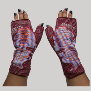 Full glove embroidery free style