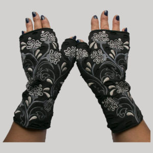 Gloves polar fleece with jersey cotton & embroidery