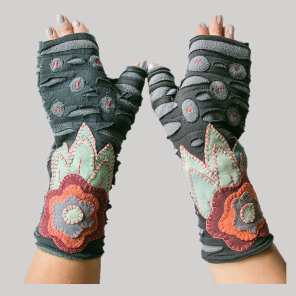 Gloves with flower hand stitching razor & embroidery