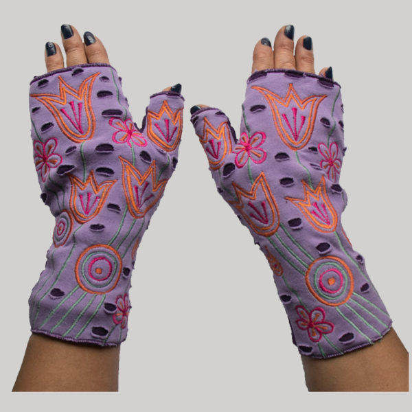 Gloves with matching flower embroidery