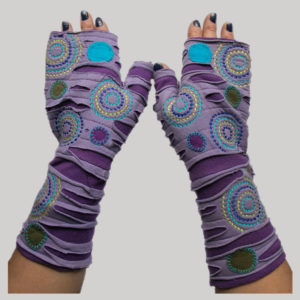 Hand stitched polka dots women's glove