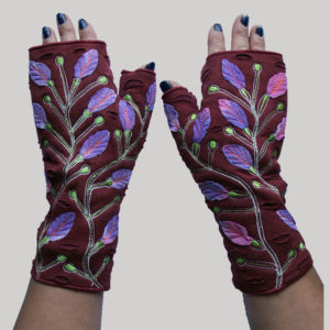 Women's gloves with branch & leaf embroidery