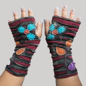 Gloves with razor cut & flower hand work