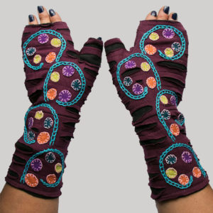Gloves with polka dots & branch hand stitching