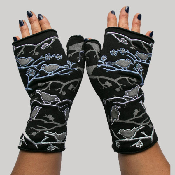 Gloves polar fleece with printed birds & tree out lining embroidery