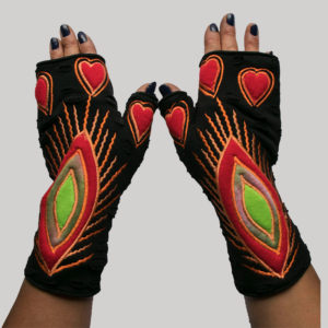 Women's gloves with eye embroidery