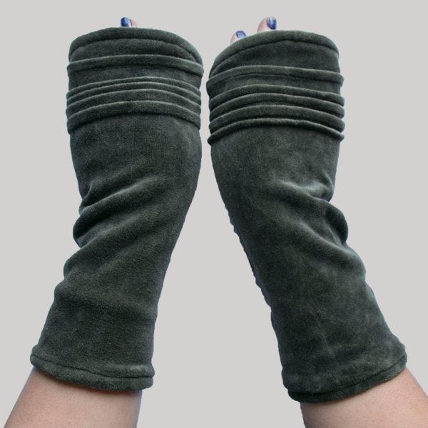 Gloves velour with polar fleece lining