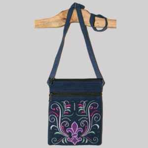 Women's passport bag with Fleur-de-lis embroidery
