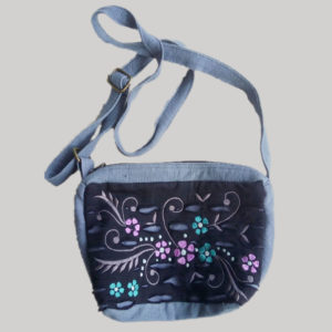 Small money bag heavy cotton jersey razor with vine embroidery